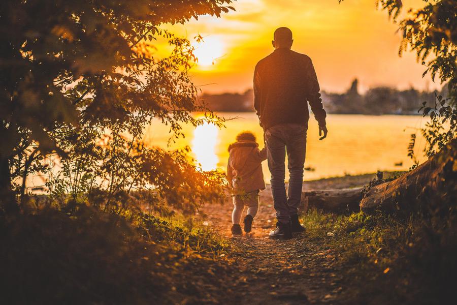 父親って何をする人?現代の日本社会における父親の役割を考える ...